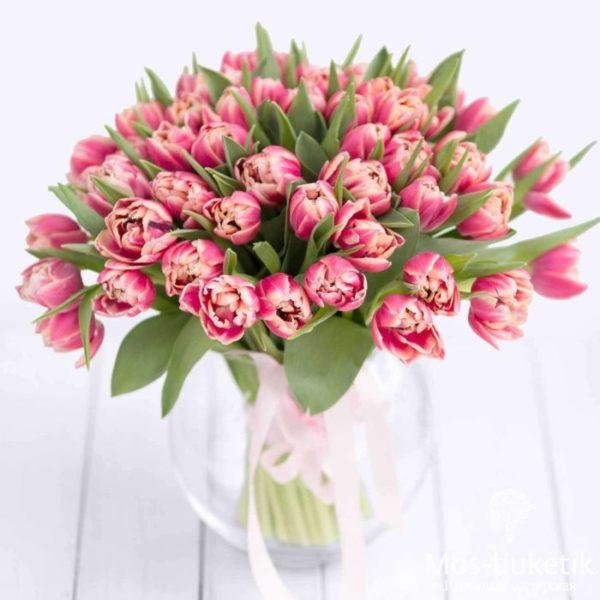 Купить букет из 51 тюльпанов недорого доставка по Москве!