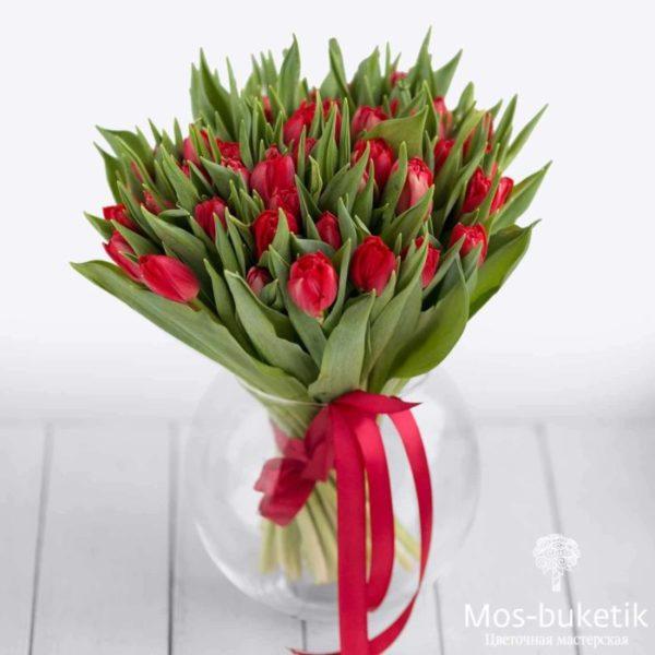 51 тюльпанов пионовидных