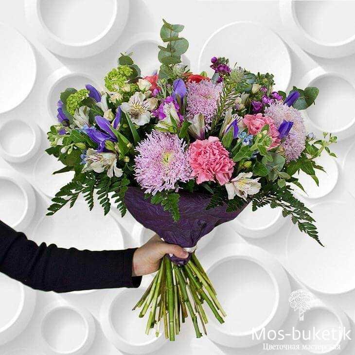 Авторские букеты из розы купить в Москве