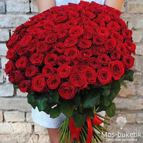 Букет из 101 красной розы в ленте