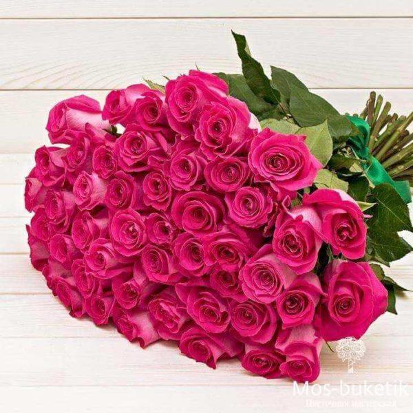 Букет из 25 эквадорских розовых роз в ленте   доставка 0 руб!