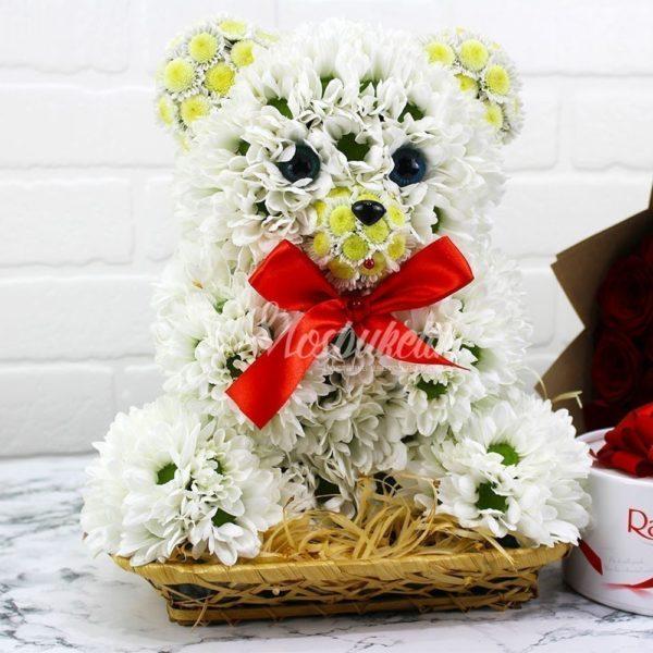 Мишка из живых цветов в Москве недорого из рижский рынок с доставкой