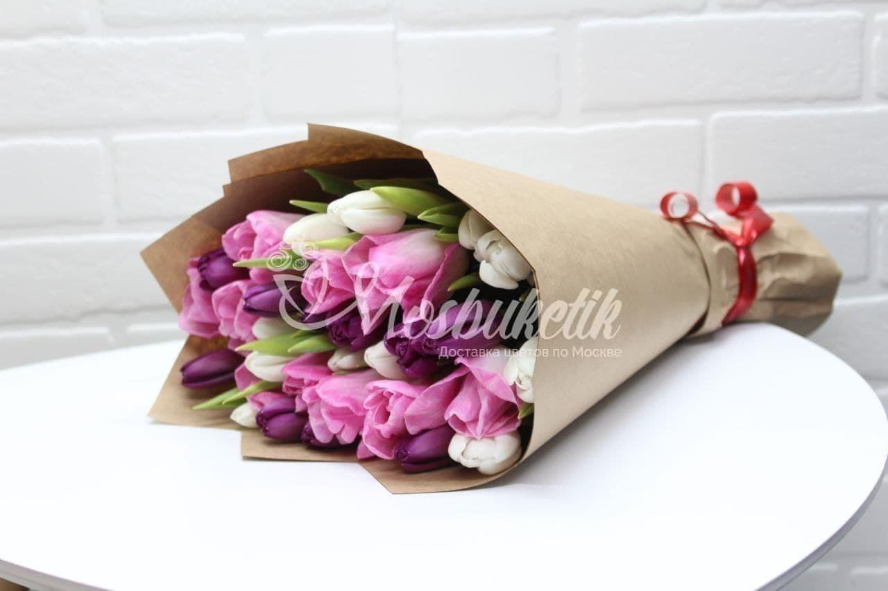 Букет из 35 микс тюльпанов