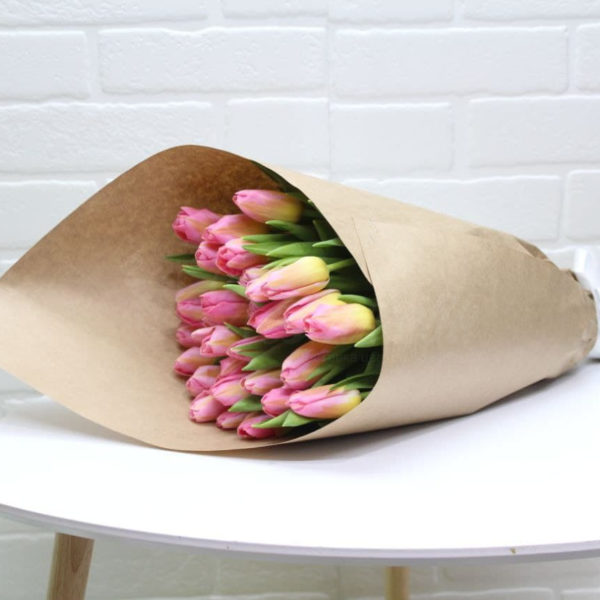 Букет из 25 тюльпанов розовых