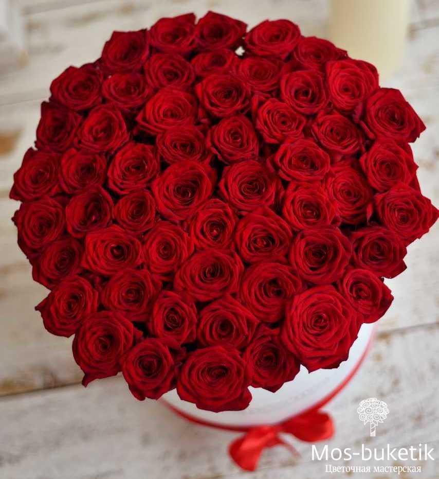 35 роз в коробке