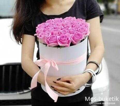 Букет из 21 розы в коробке