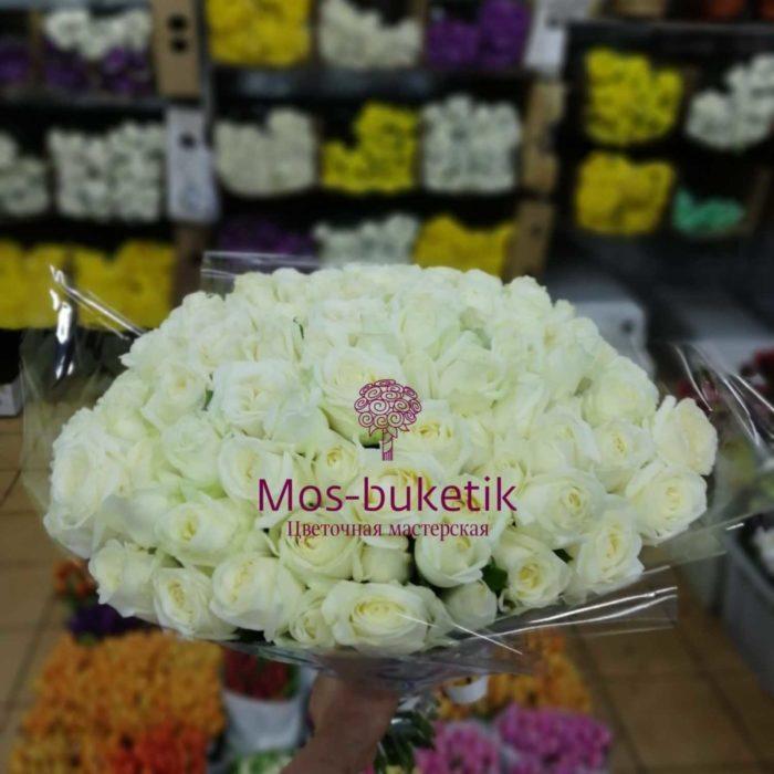 101  белая роза в ленте