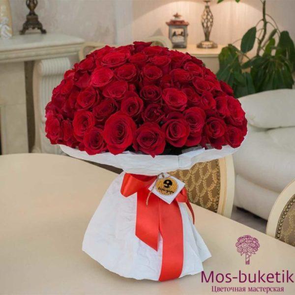 101 розу в Москве