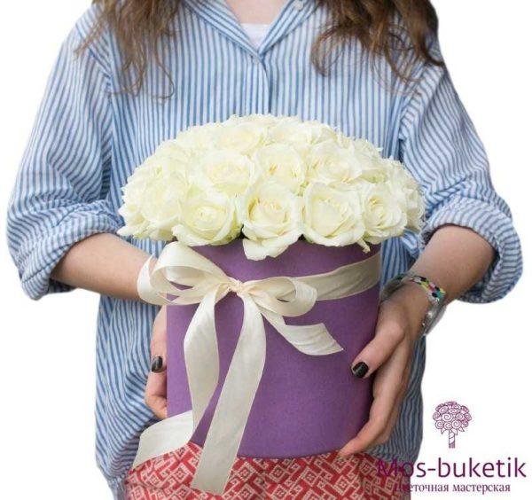 Букет из 25 розы в шляпной коробке 2