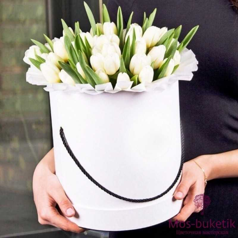 Букет из 51 тюльпанов в шляпной коробке