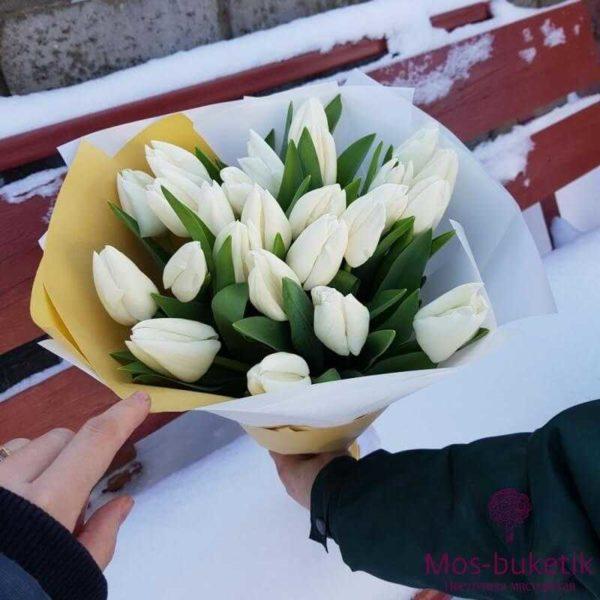 Букет из белых тюльпанов (25 шт)