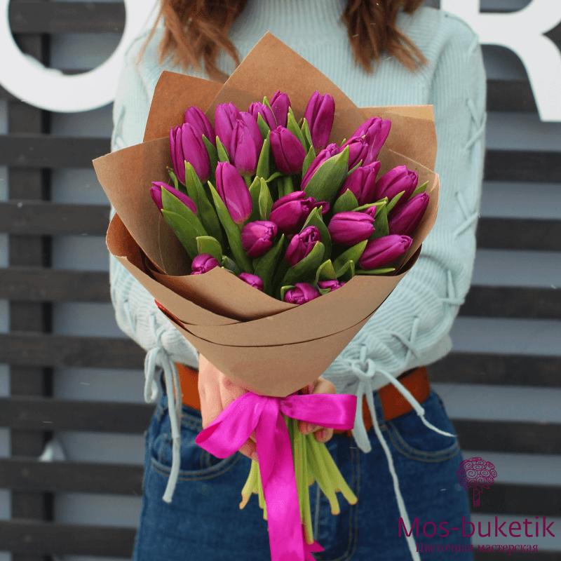 Букет из фиолетовых, пионовидных тюльпанов (51 шт)1