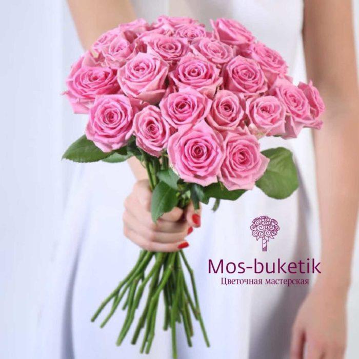 Букет из 19 розовыхроз в ленте