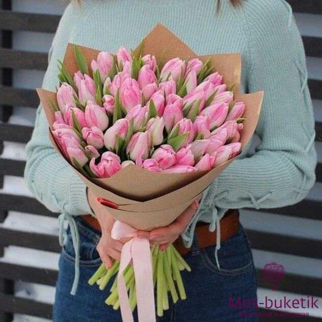 Микс-букет из розово-белых тюльпанов (51 шт)